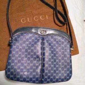Authentic Gucci shoulder crossbody bag